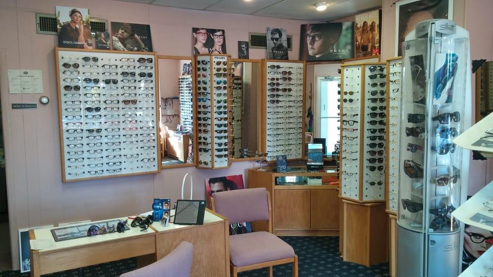 Difrancesco Vincent Optician: 123 E Butler Ave, Ambler, PA