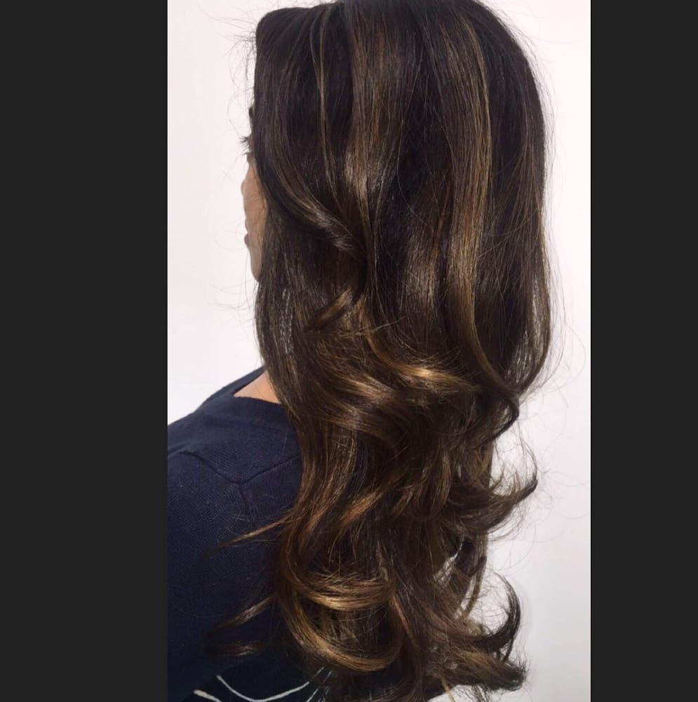 Classic Brunette Bomb Shell Layers And Very Settle Dimensional