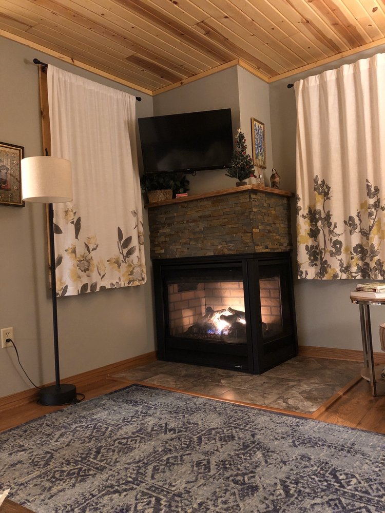 Thorp House Inn & Cottages: 4135 Bluff Ln, Fish Creek, WI