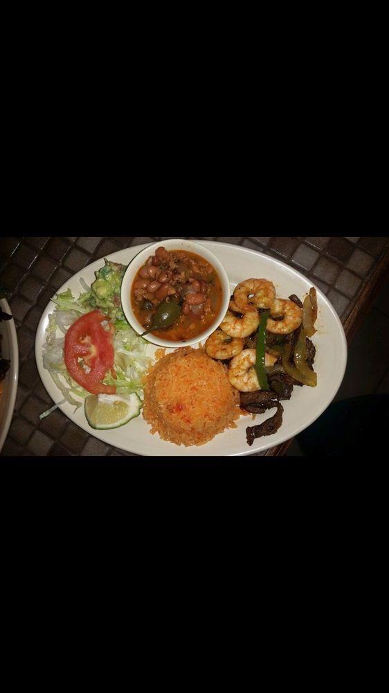 Baytown Cafe: 3507 Market St, Baytown, TX