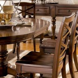 Ashley furniture shops 3970 boulevard josaphat for Salle a manger yelp