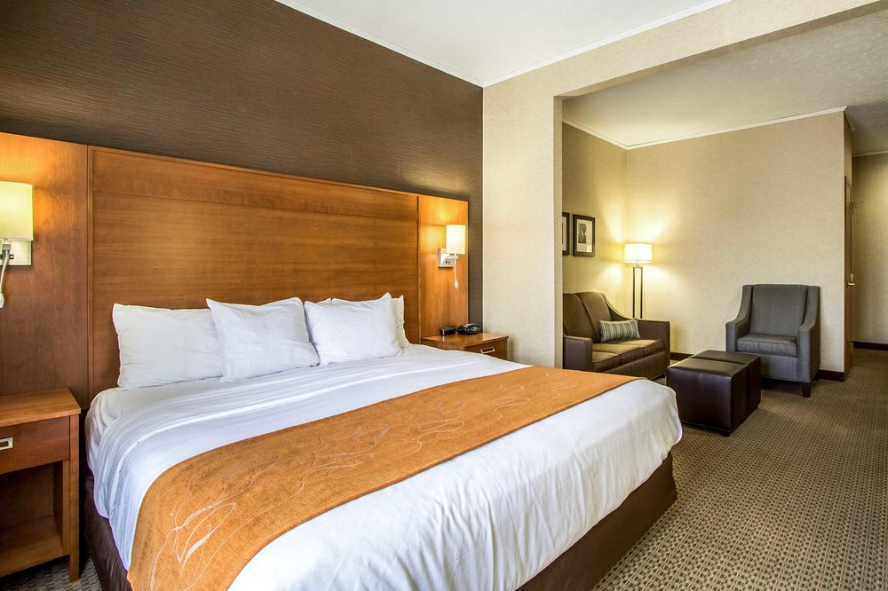 Comfort Suites Hotel and Conference Center: 4810 TR 366, Berlin, OH