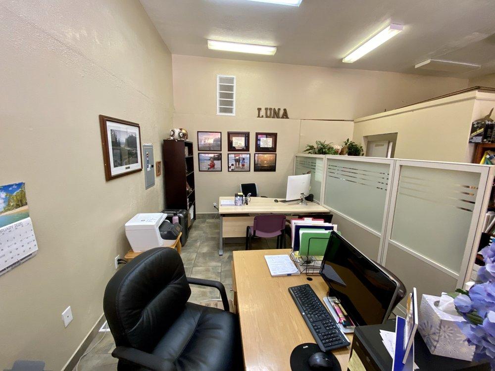 Luna Business Service: 384 5th St, Gustine, CA