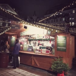 weihnachtsmarkt am hof 36 fotos bauern wochenmarkt am hof innere stadt wien yelp. Black Bedroom Furniture Sets. Home Design Ideas