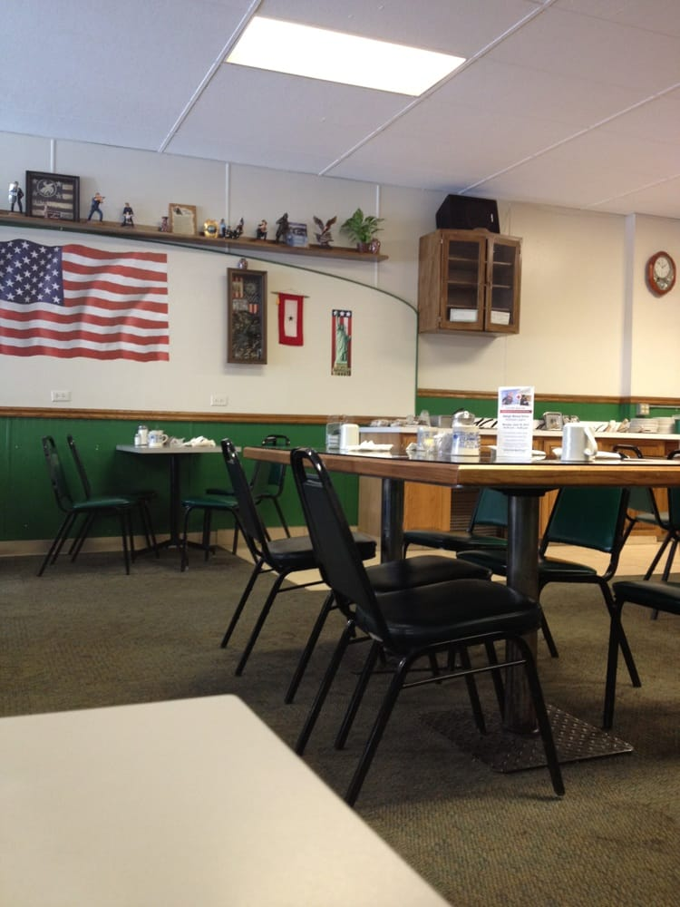 Daddy's Country Cafe: 312 M St, Neligh, NE