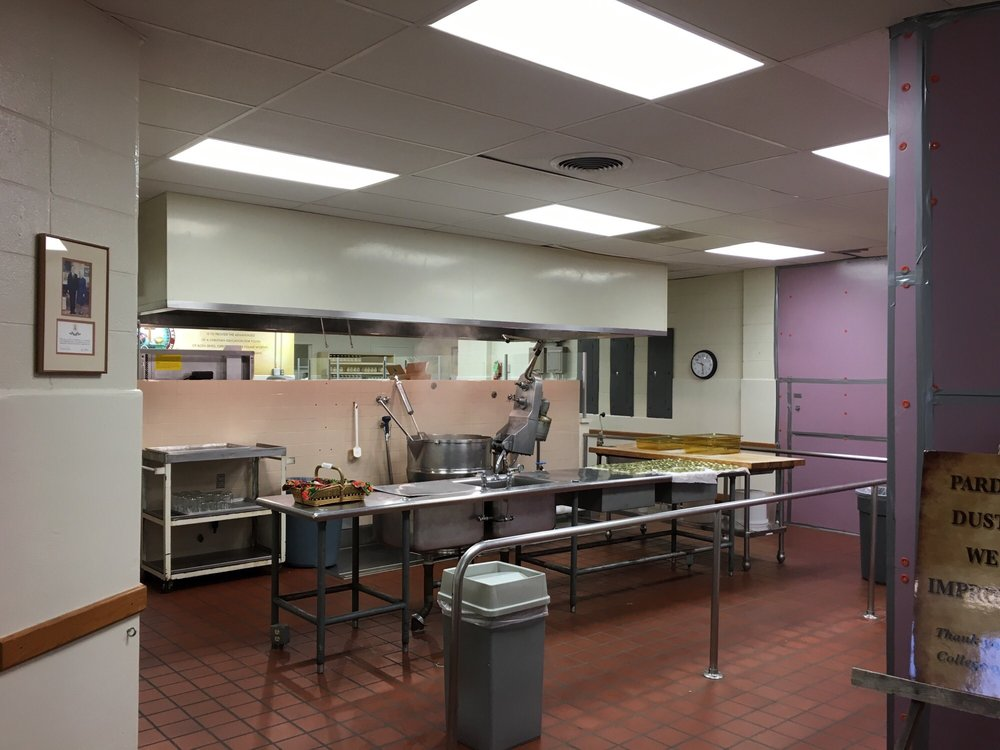 Fruitcake and Jelly Kitchen - College of the Ozarks