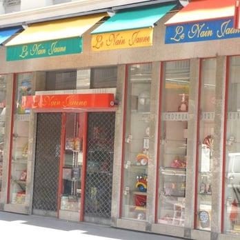 le nain jaune ferm 18 avis magasin de jouets 53 rue du pr sident edouard herriot. Black Bedroom Furniture Sets. Home Design Ideas