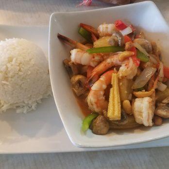 photo of thai lotus kitchen dallas tx united states - Lotus Kitchen