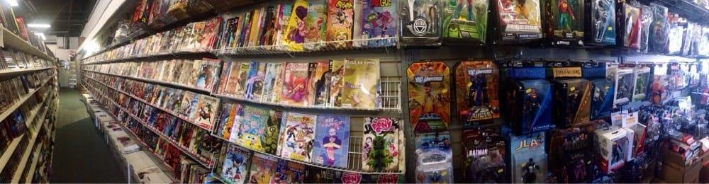 Beach Book Mart: 1010 W Fort Macon Rd, Atlantic Beach, NC