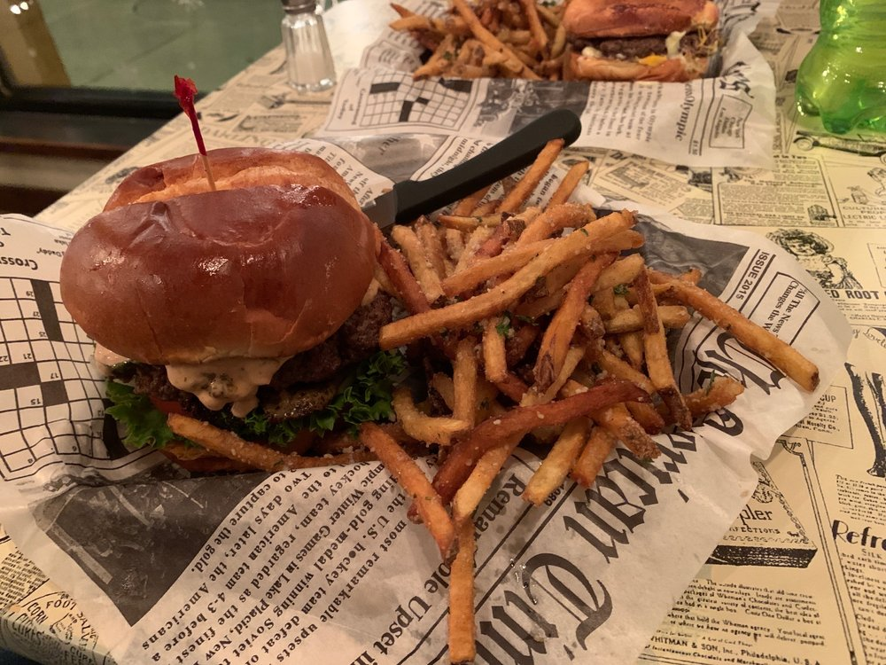 Local Press Eatery: 502 S 8th St, Sheboygan, WI