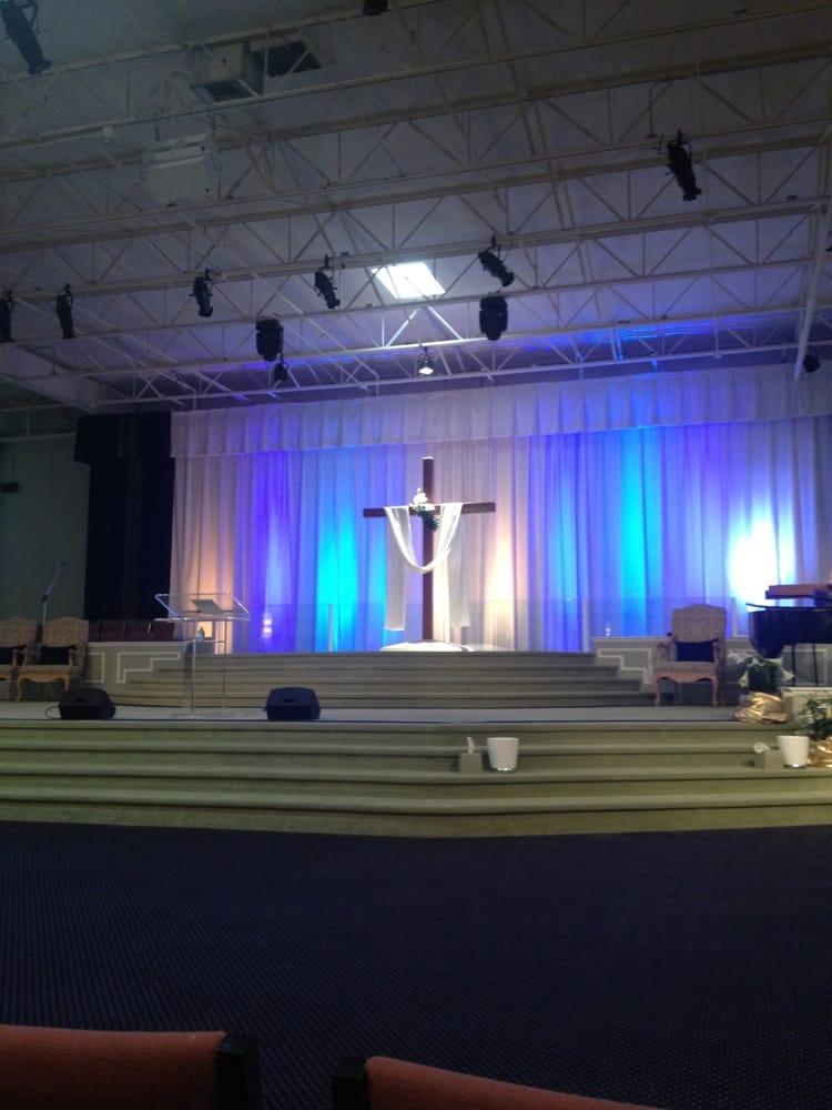 Words of Life Fellowship Church: 20051 NE 16th Pl, Miami, FL