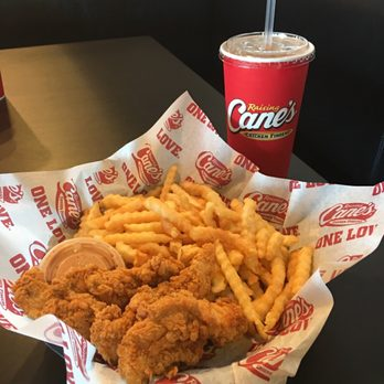 Raising Canes Chicken Fingers 20 Photos 35 Reviews Fast Food