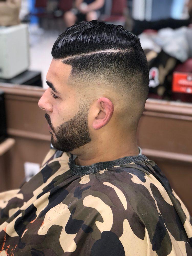 Unique Blendz Barbershop: 725 Paredes Line Rd, Brownsville, TX