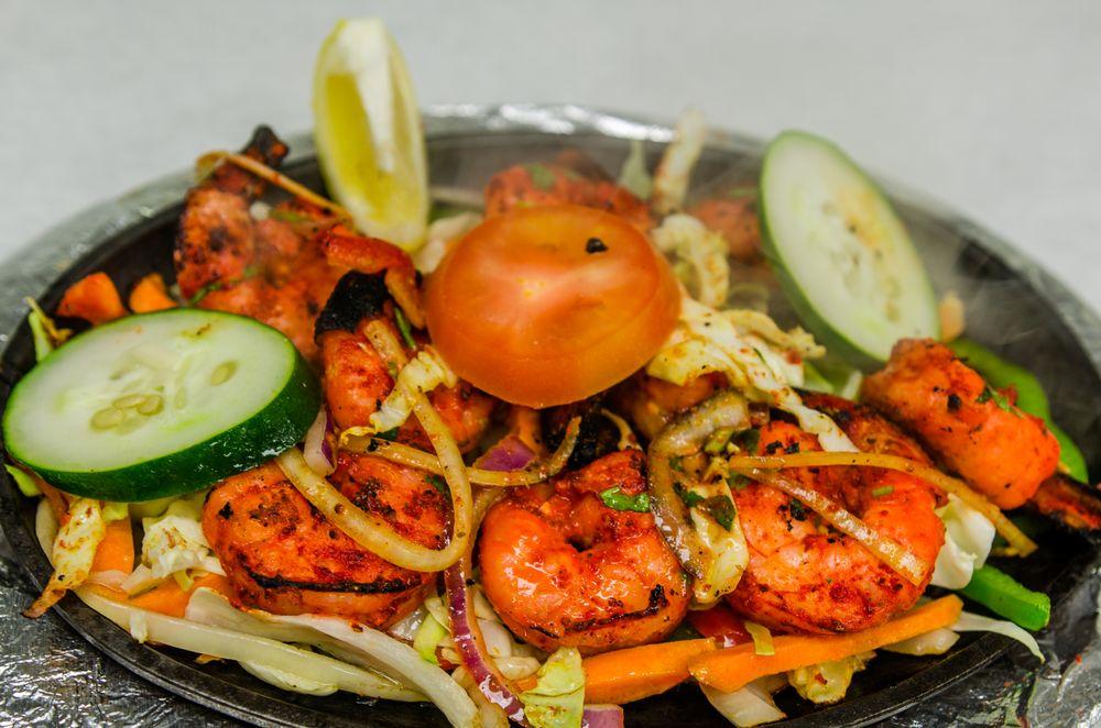 Bay Leaf Indian Cuisine: 1260 Town Ctr Dr, Eagan, MN