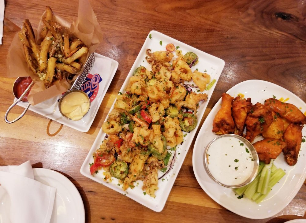 Tony C's Sports Bar & Grill: 17 3rd Ave, Burlington, MA