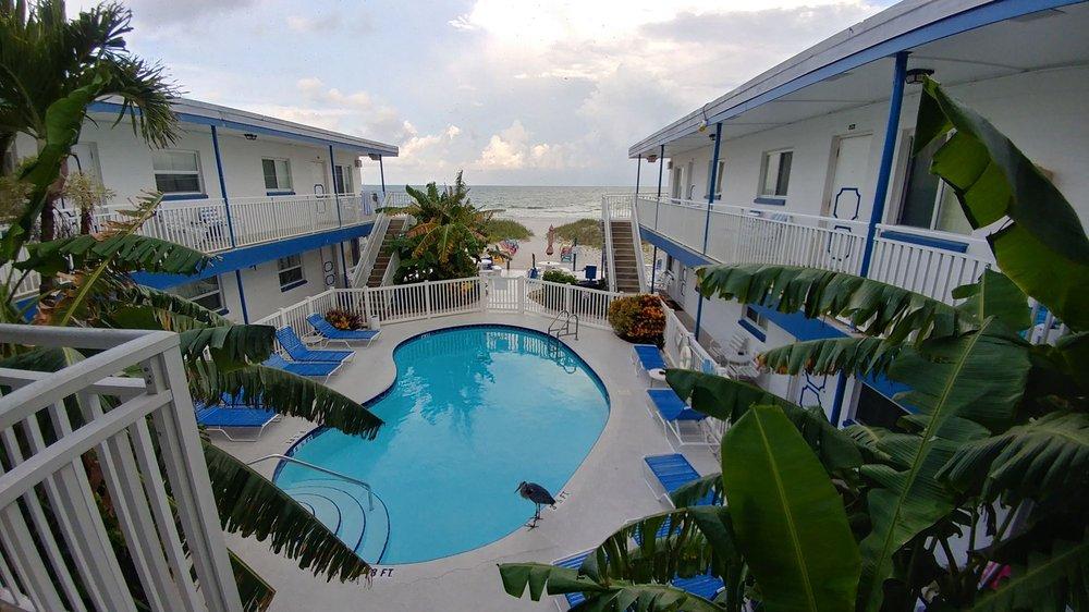 Great Heron Inn: 68 Gulf Blvd, Indian Rocks Beach, FL