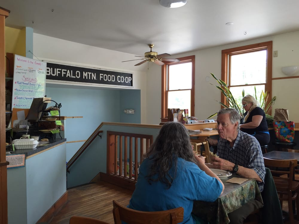 Buffalo Mountain Food Coop And Cafe: 39 S Main St, Hardwick, VT