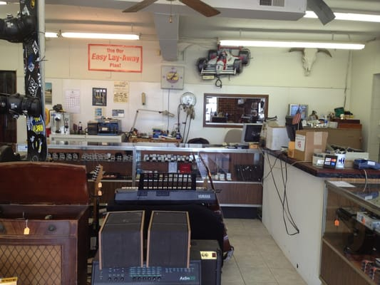 Clayton pawn jewelry pawn shops 10522 us hwy 70 w for Capital pawn gold jewelry buyers tampa fl