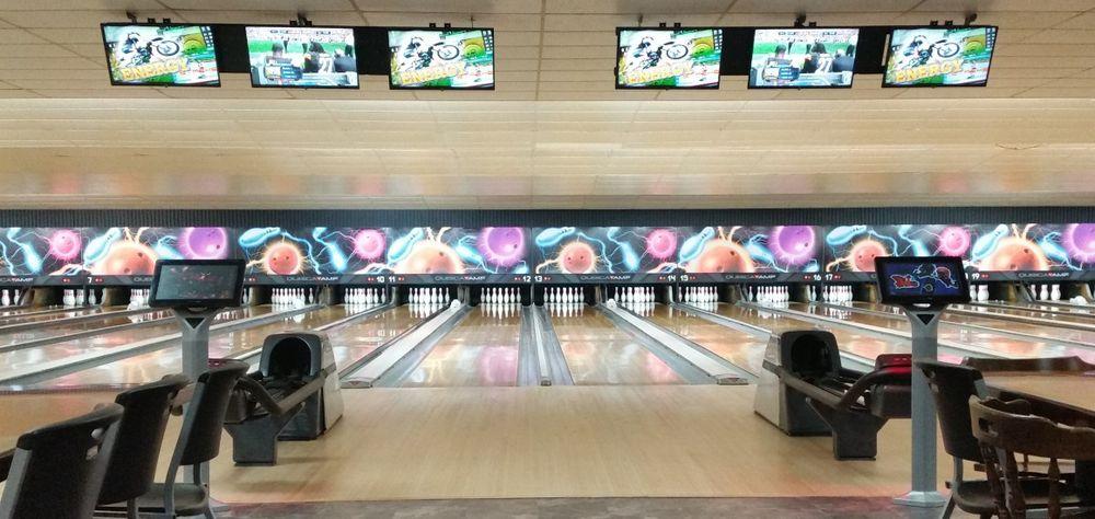 Sherwood Bowling Lanes: 11 Lyn Mar Plz, Lyndora, PA