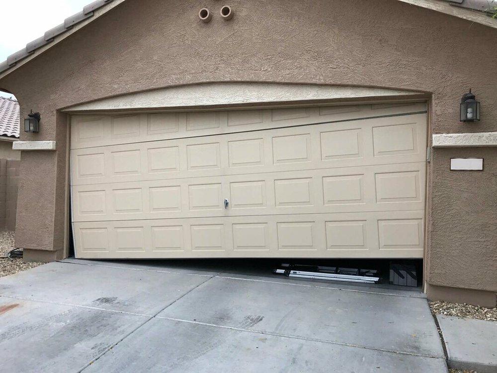 Green Valley Garage Doors: Sahuarita, AZ