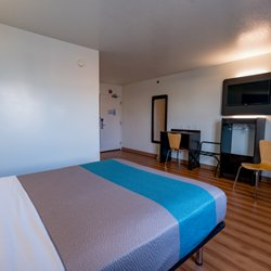 Photo Of Motel 6 Pottstown Pa United States Handicap Room