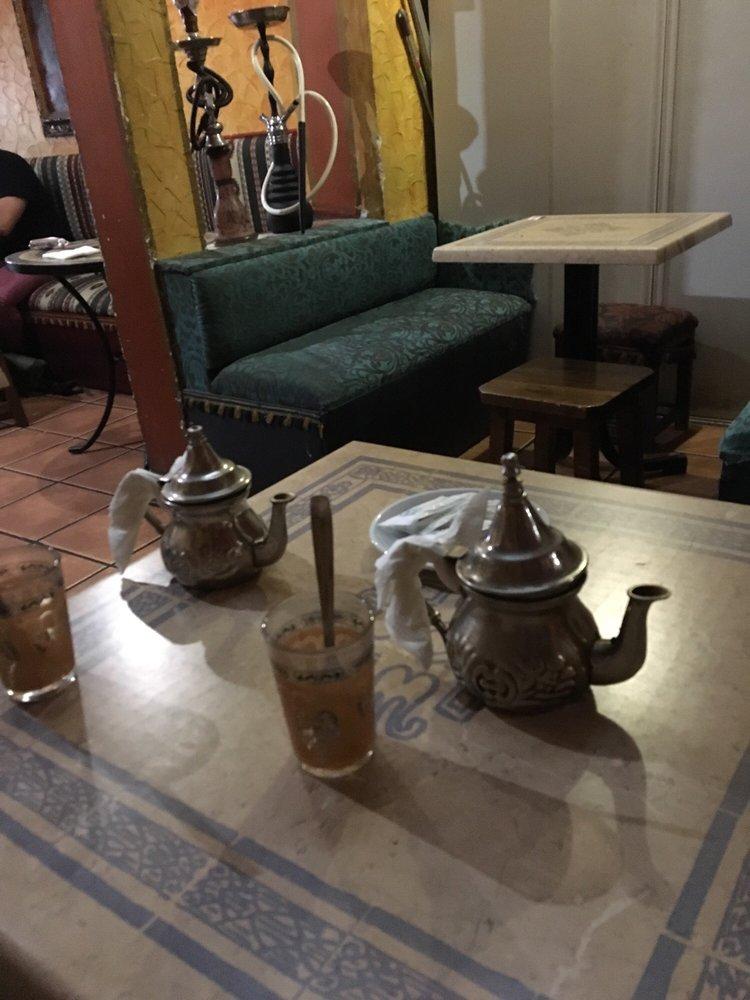 Habibi Lebnen - Halal - Calle del Ave María, 41, Lavapiés y ...