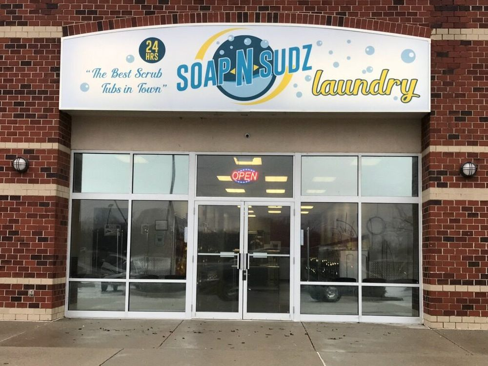 Soap N Sudz Laundry: 1098 Eagleton Blvd, London, OH