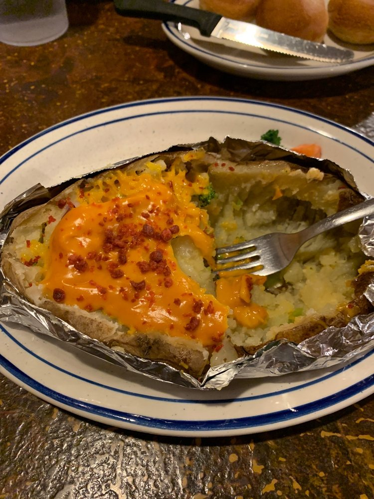 Western Grill Steak House: 1110 N Main St, Andrews, TX