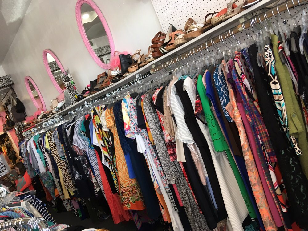 B J's Consignment