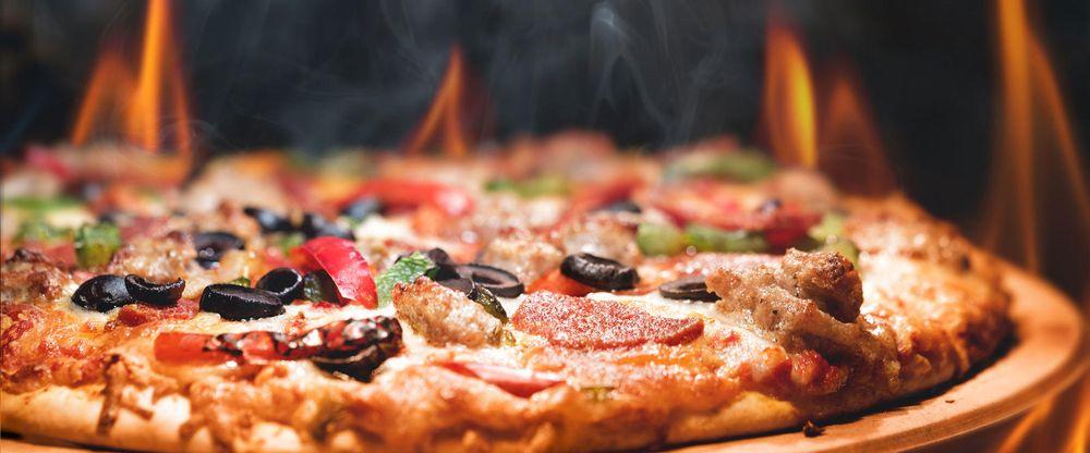 Adelo's Pizza: 8801 N Indian Trail Rd, Spokane, WA
