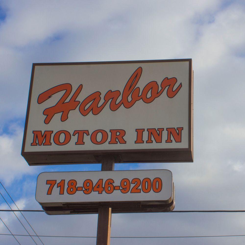 Harbor Motor Inn