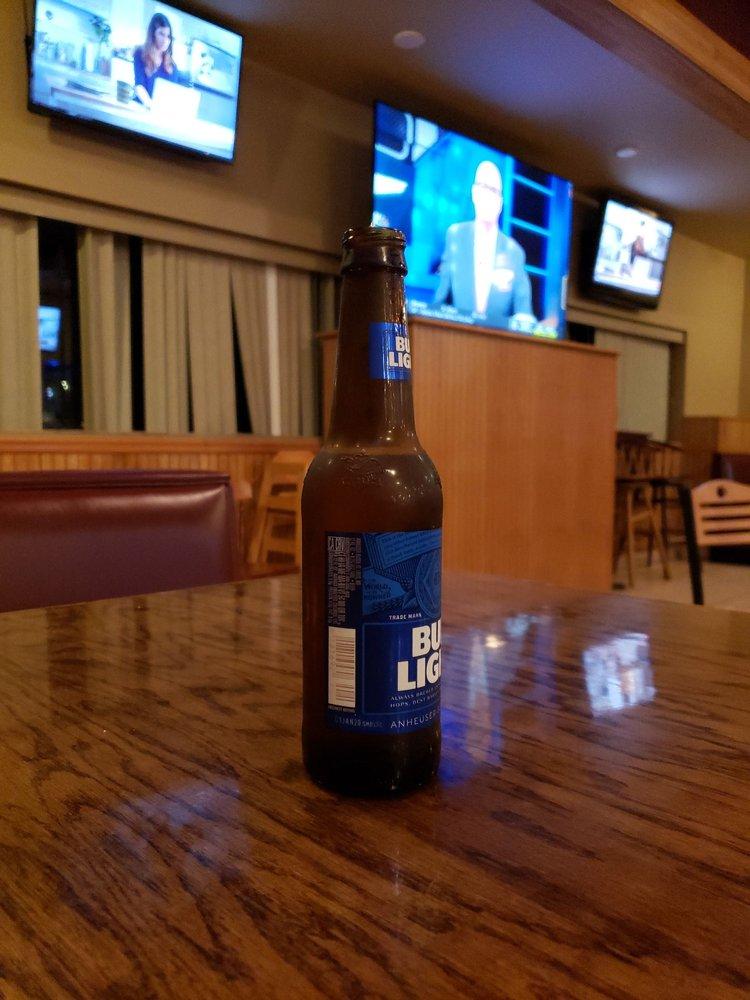Press Box Grill & Bar: 1110 W Washington St, Mount Pleasant, IA