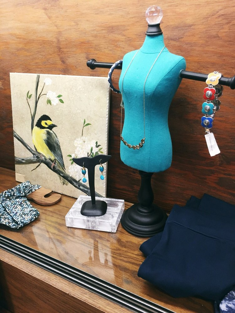 Aston's Boutique: 5256 S Mission Rd, Bonsall, CA