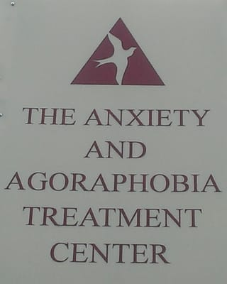Anxiety & Agoraphobia Treatment Center - Psychologists ...