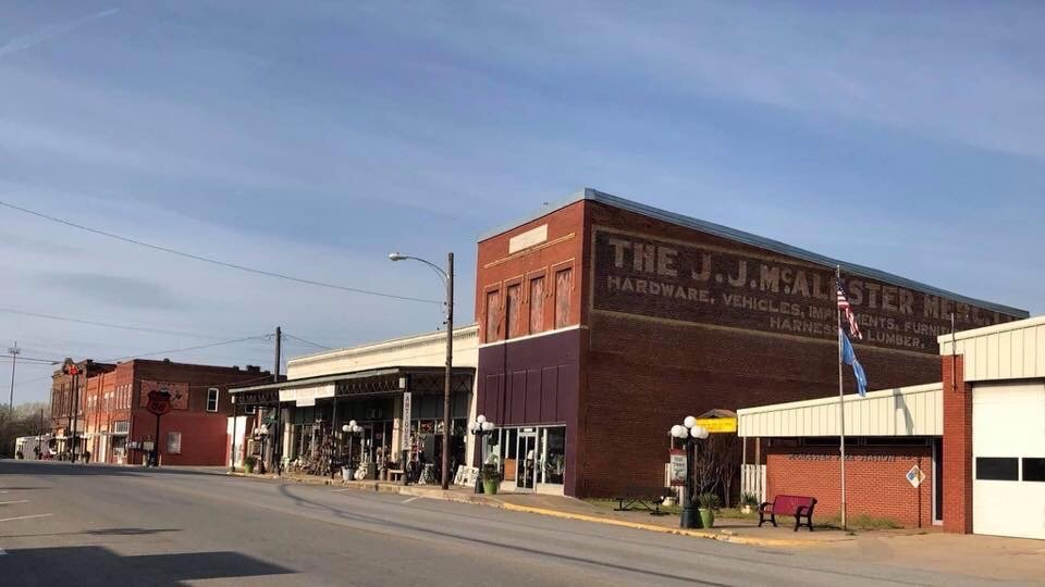 JJ McAlester Antiques: 2701 North Main St, McAlester, OK