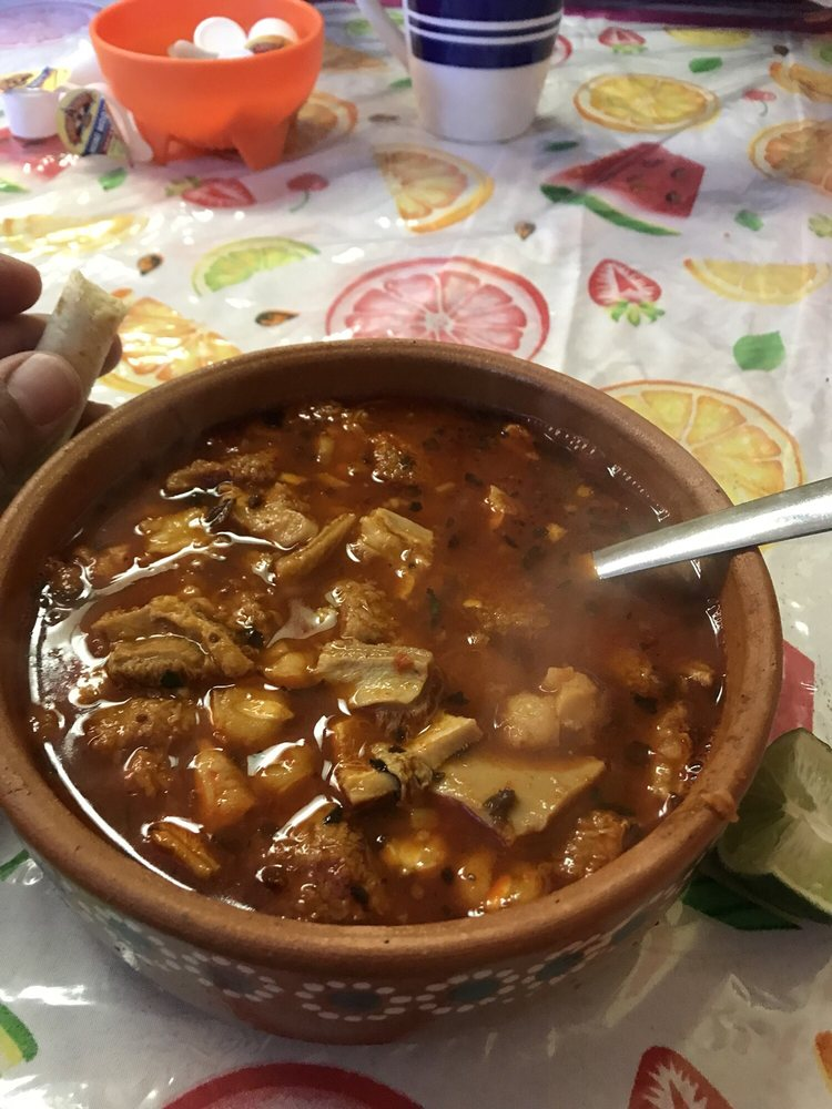 Food from Tortas El Torro