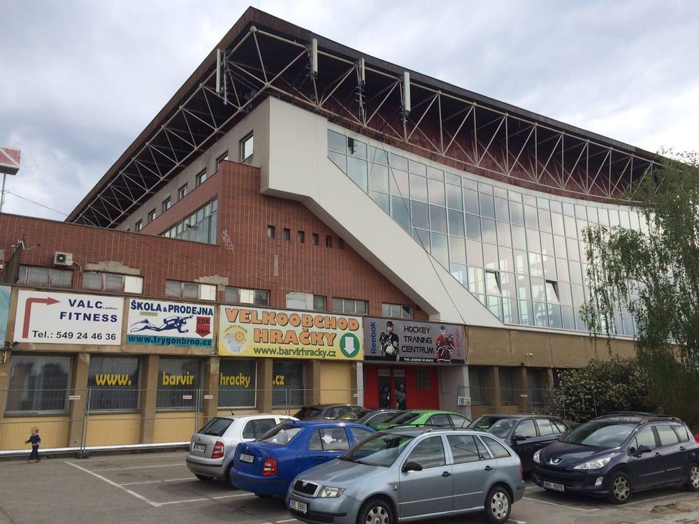 Městský plavecký stadion Lužánky: Sportovni 4, Brno, JM