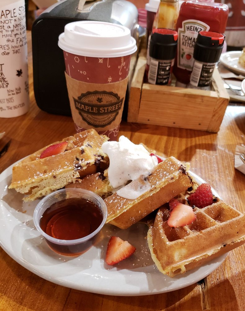 Maple Street Biscuit Company - Julington Creek: 1627 Race Track Rd, Fruit Cove, FL