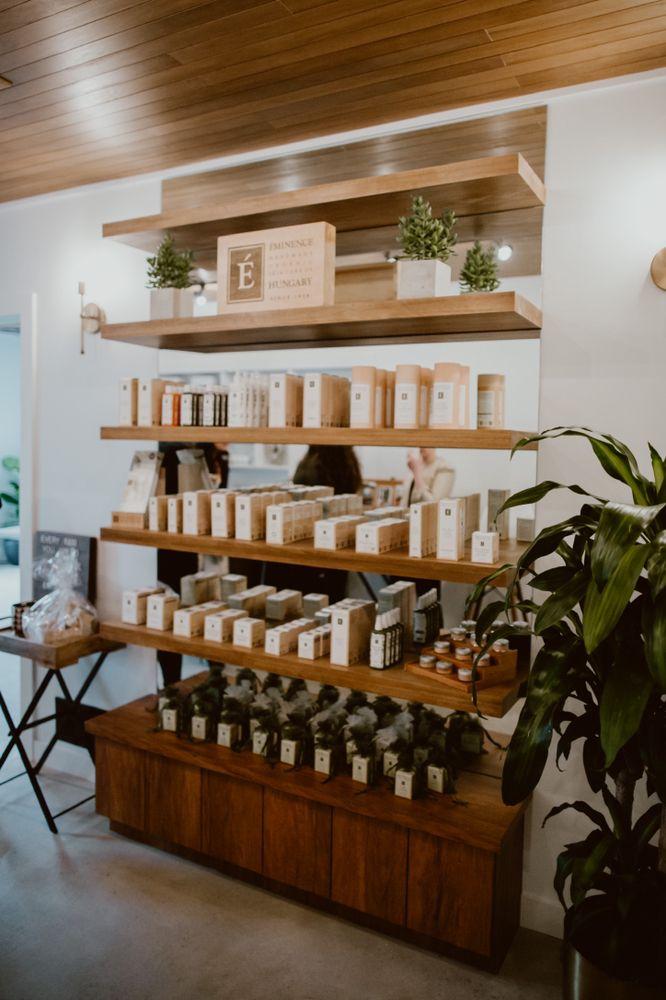 Raw Esthetics Skin - Cupping Studio