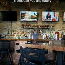 Photo Of Treehouse Pub And Eatery Bettendorf Ia United States Really Cool
