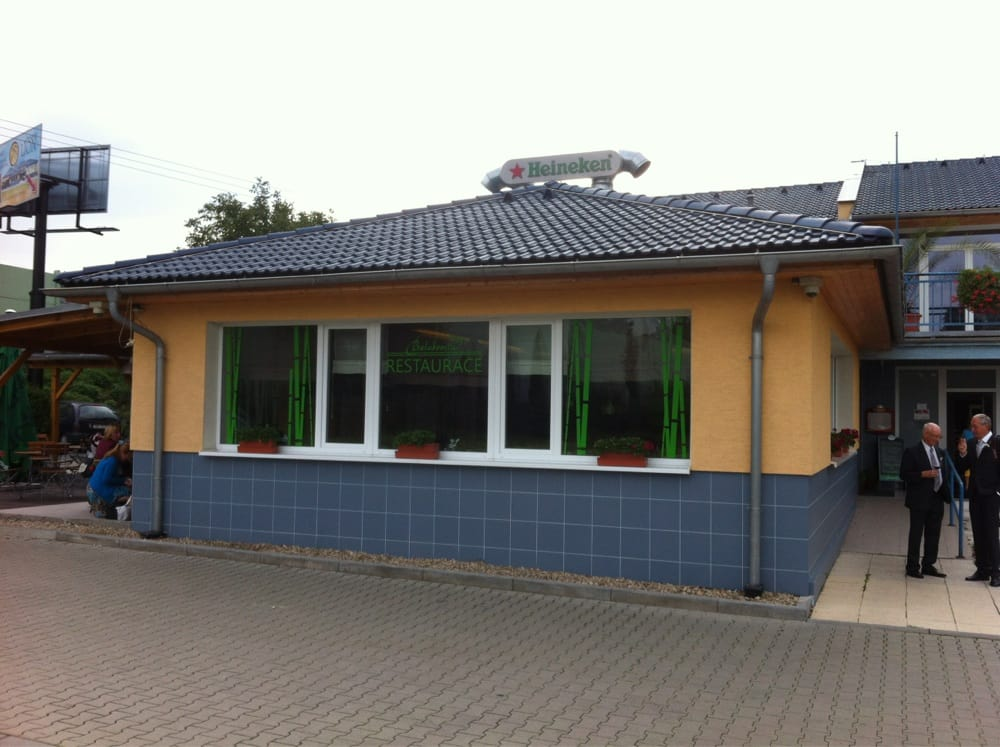 Restaurace Balaboosta: Havlíčkova 1016, Modřice, JM
