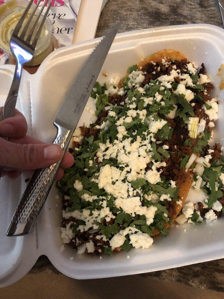 Cartoon's Burgers & Tacos: 8605 El Camino Real, Atascadero, CA