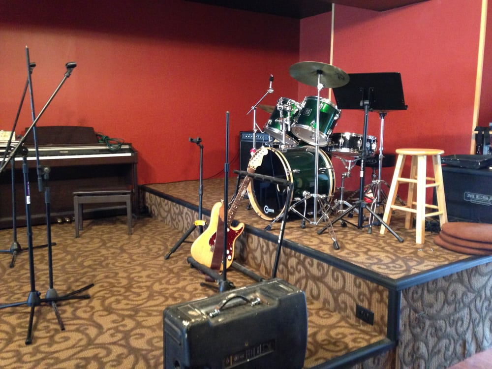 Volume Live Music Cafe: 5600 N Black Horse Pike, Blackwood, NJ