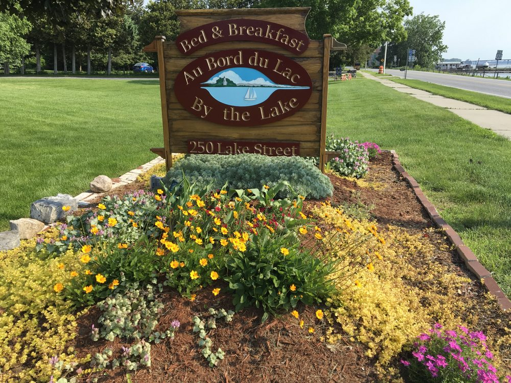 Bed & Breakfast Au Bord du Lac: 250 Lake St, Rouses Point, NY