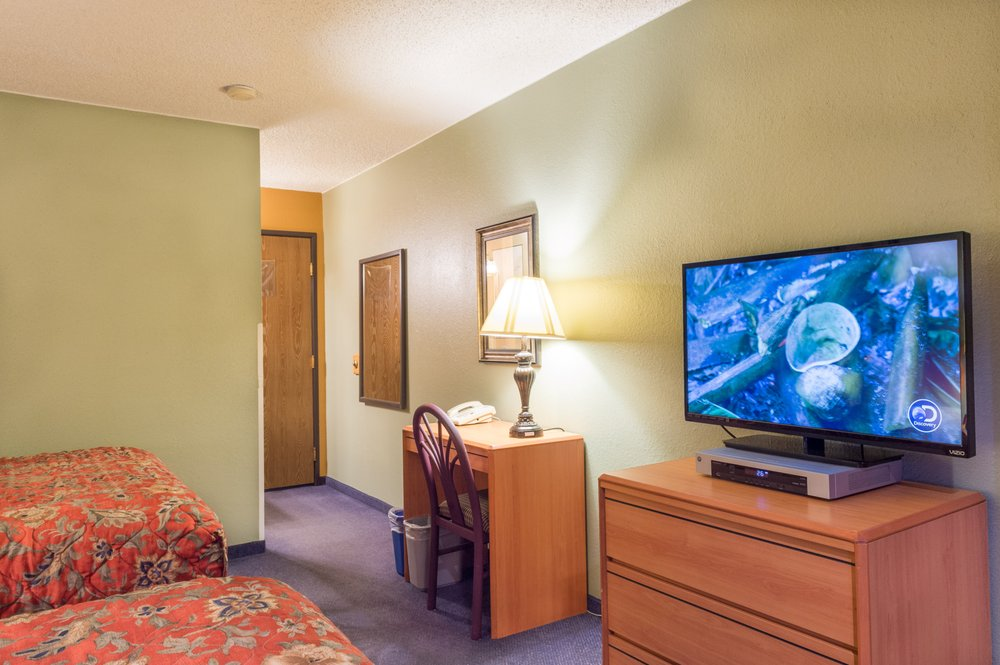 Old Town Inn: 708 Sixth St, Crested Butte, CO