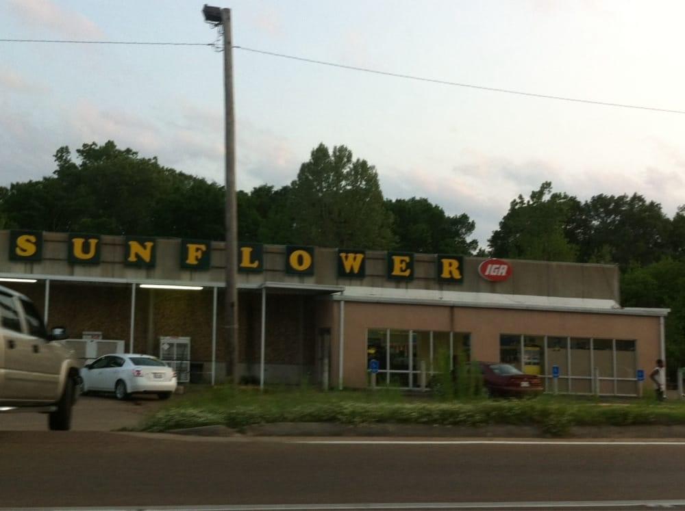 Sunflower Food Store: Highway 12 E, Lexington, MS