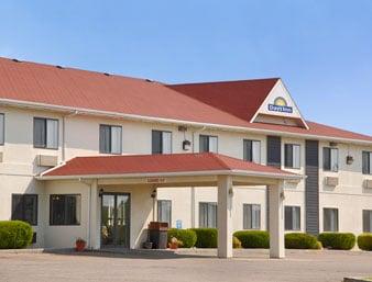 Days Inn Chamberlain/Oacoma: 400 East Highway 16, Oacoma, SD