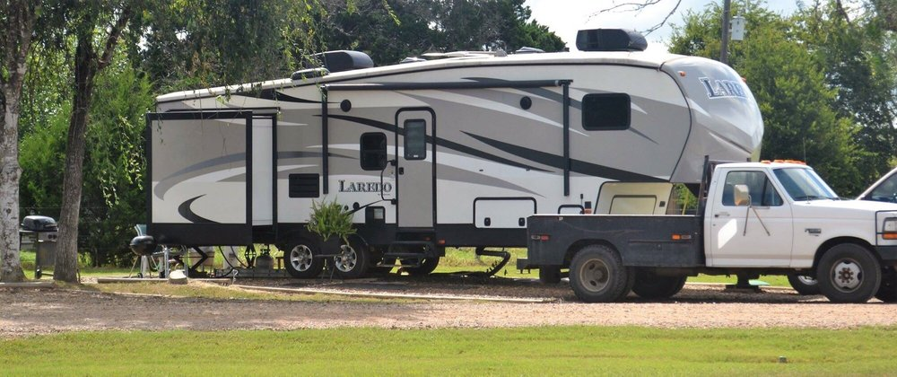 Southbound RV Park and Cabins: 6234 US Hwy 59 S, Victoria, TX