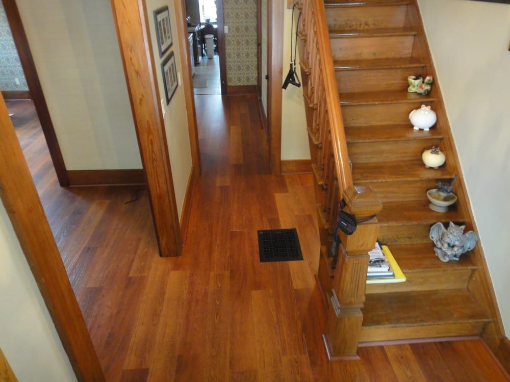 Floor Frog: 3801 Northwood Dr NE, Cedar Rapids, IA