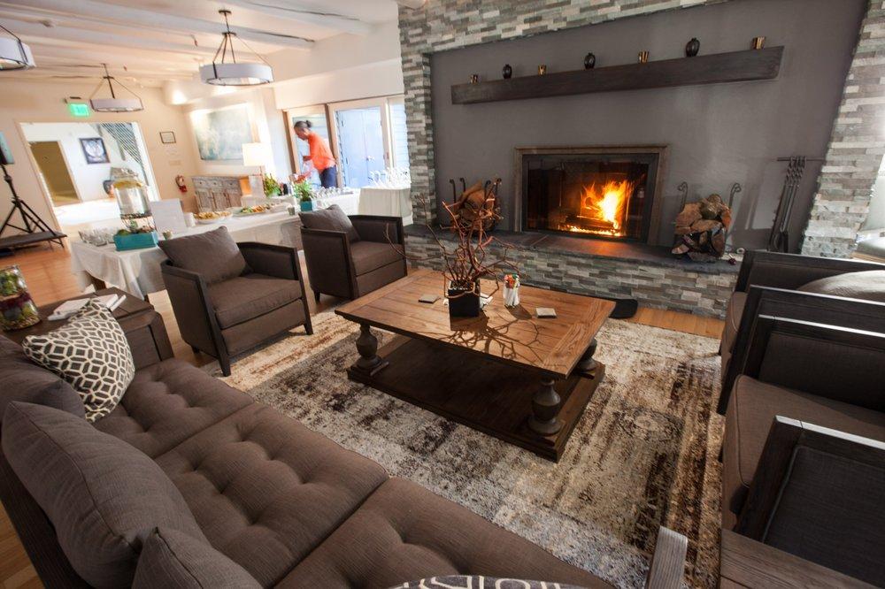 Skylonda Lodge: 16350 Skyline Blvd, Woodside, CA